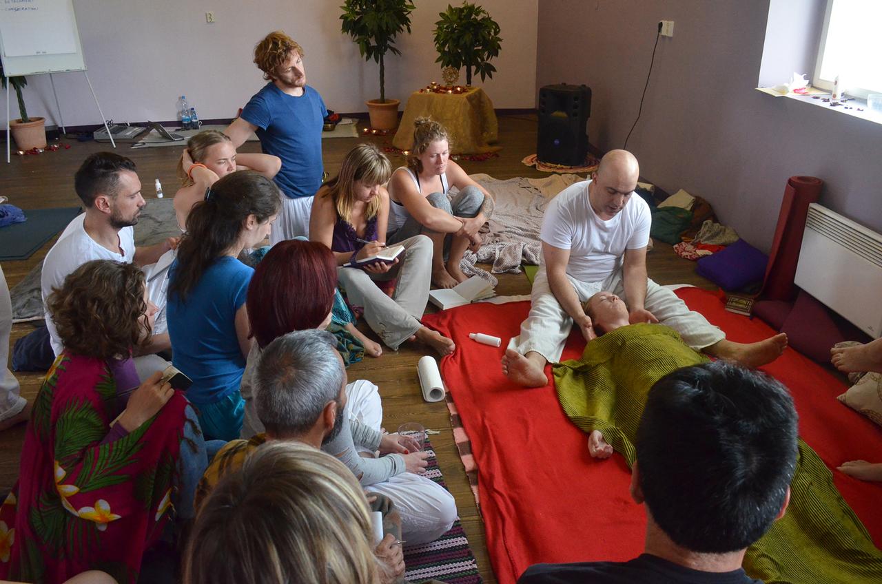 Learn to teach yin yoga asanas