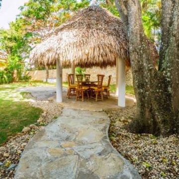 Tropical Spring Abundance Retreat