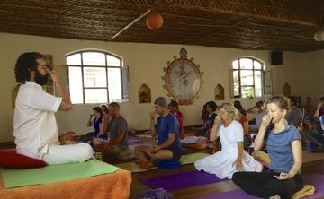 Meditation: A Hatha-Raja Teacher Training