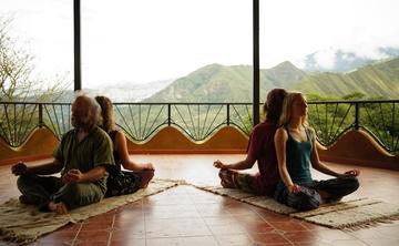 200 hour Hatha-Kundalini-Restorative Yoga Teacher Training in Ecuador