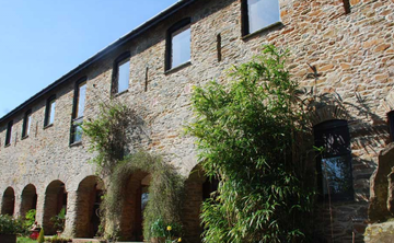 The Barn: Uncontrived Mindfulness – from Awareness to Wisdom (6 nights)