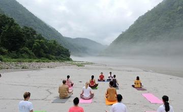 7 Days Beginners Yoga Training Programme in Rishikesh, India