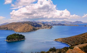 7- days Magical Meditation & Sightseeing retreat Lake Titicaca