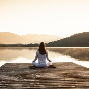 The Art of Wisdom Yoga: Wakeful Body, Wakeful Mind