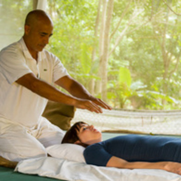 REIKI 1ST LEVEL COURSE      ENERGY HEALING RETREAT