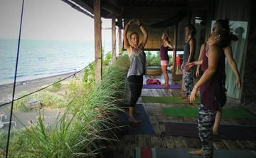 Yin Yoga and Freediving or Snorkelling Retreat Bali