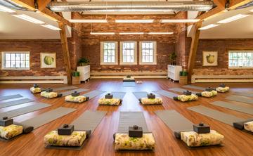 Ladies Yoga & Wine New York Retreat