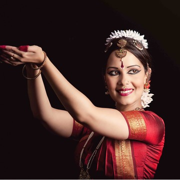 Bharata Natyam performance and Indian dance workshop