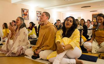 Yoga of Devotion: Kirtan and Mantra Chanting