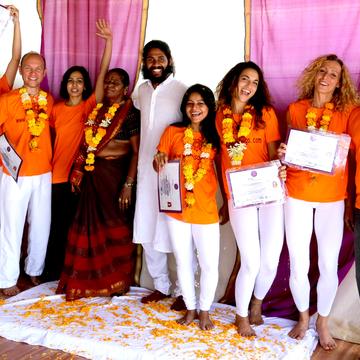 200 hrs Yoga Teacher Training India