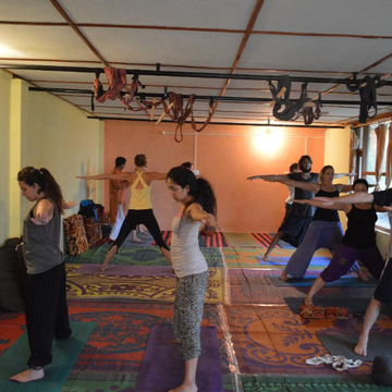 300 Hours YTT in Goa | Mahi Yoga