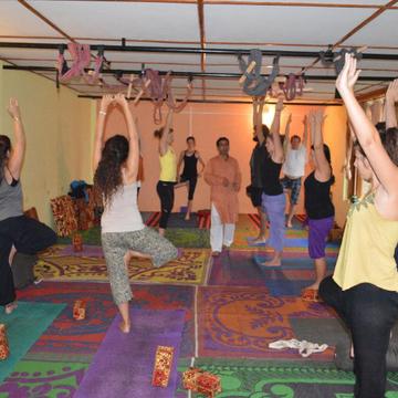 200 Hours YTT in Varkala | Mahi Yoga