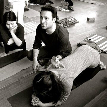 Affordable Yoga Teacher Training - om Yoga Rishikesh