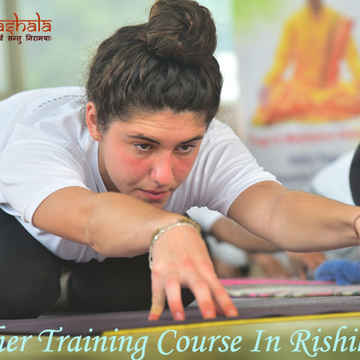 Internationally Certified 200 hour Yoga Teacher Training Course in Rishikesh, India