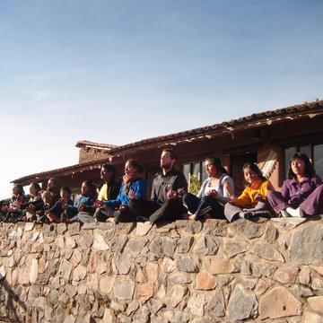 Sembrando Semillas con Yoga - Cusco, Peru