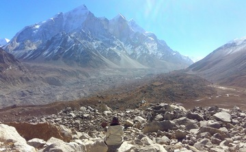 Unique meditation retreat in High Himalayas