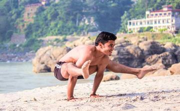 200 Hour Yoga Teacher Training in Rishikesh, India 2018