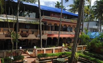 200 Hours Yoga Teacher Training in Varkala Kerala