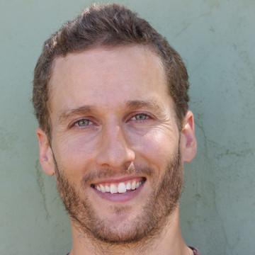 Nicholas Currie