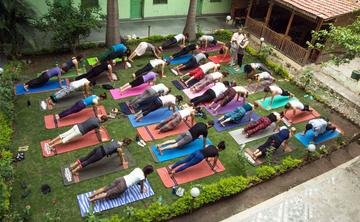 200 hour Yoga Teacher Training Course in Rishikesh, india Rishikesh Yogapeeth