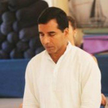Yogi Upendra Ji