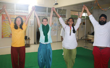 28 Days 300-Hour Yoga Teacher Training in India