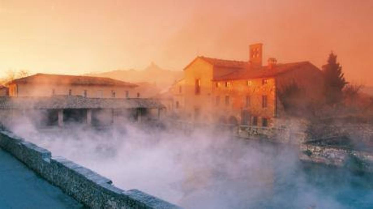 Exclusive spiritual yoga retreat with spa wellness in tuscany italy event retreat guru - Bagno vignoni spa ...