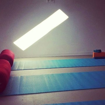 Anam Solas Yoga