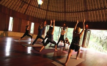 8 Days Breathe in-Chill out Yoga Retreat in Costa Rica
