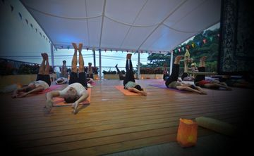 Yoga Holiday in Phuket (Discover)