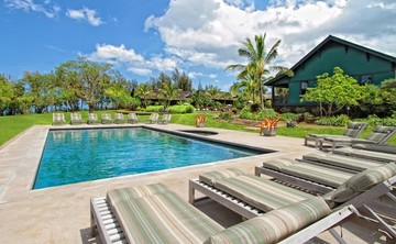 Lumeria Maui Art of Relaxation Luxury Bliss Yoga Retreat