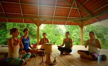 100h Yoga's Quiet Practices: Yin and Restorative Teacher Training in Costa Rica