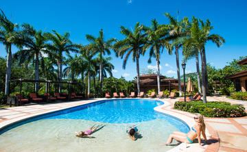 Life Transformation Vacation - 7 or 14 night stay in Costa Rica - starting at $299 per night
