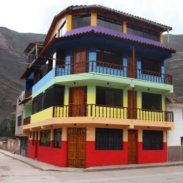Rainbow House Coya