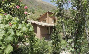 5 Days Yoga and Hiking Retreat, Peru