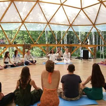 Meditation Teacher Training Certification Course In Rishikesh, India