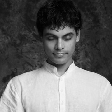 Yogi Kamal Singh - Tattvaa Yogashala