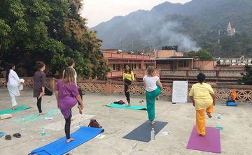 200 HOURS YOGA TEACHER TRAINING IN INDIA Goa & Rishikesh