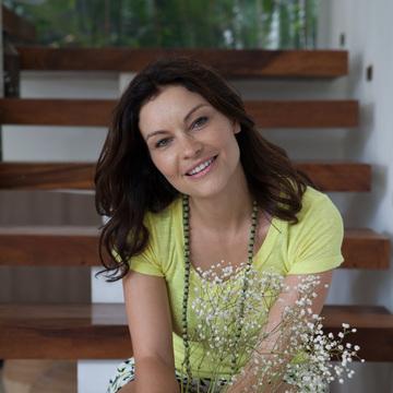 Amanda Bruton