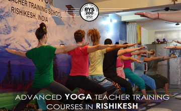 200 Hours Yoga TTC Teacher Taining in Rishikesh