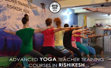 200 Hours Yoga TTC Teacher Taining in Rishikesh