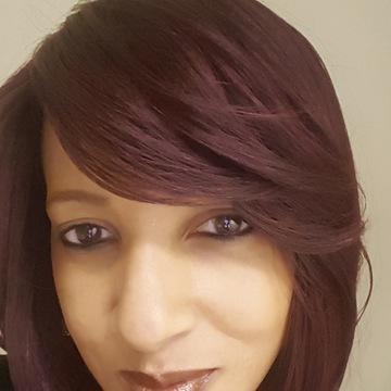 Dahlia Prophet, RN