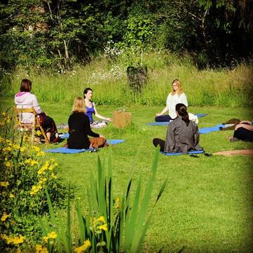 Yoga Weekend in the Cotswolds - UK