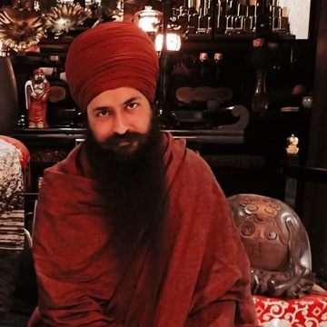 French retreat with Yogi Amandeep Singh
