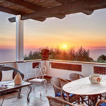 Italy Yoga retreat Amalfi coast private luxury Villa