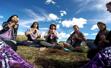 YOGA TEACHER TRAINING 200H, 300H. CUSCO PERÚ