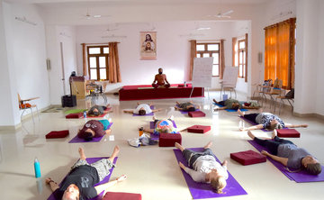 10 Days Classical Meditation and Yoga Retreat in Rishikesh, Uttarakhand, India
