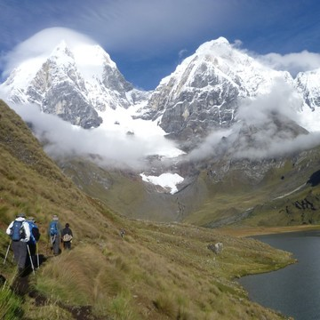 Cordillera Huayhuash Trekking - Peruvian Expeditions - Alpamayo Climbing Peru
