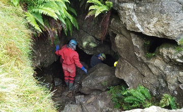 Caving and Relax Yoga Retreat