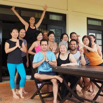 200 Hour Yoga Teacher Training in India, Rishikesh